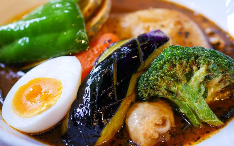 季節の野菜チキンスープカレー