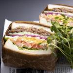 プルドBBQポークとフレッシュ野菜のサンドイッチ 950円