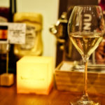ホワイトワイン(グラス) 600円(ボトルでも各種ご用意しています。)